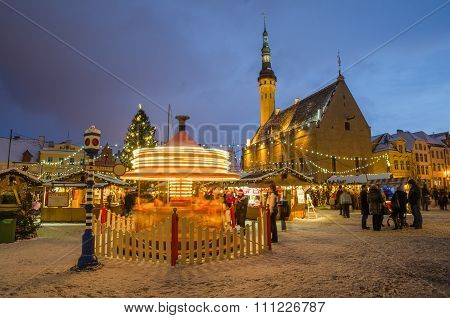 People enjoy Christmas market in Tallinn
