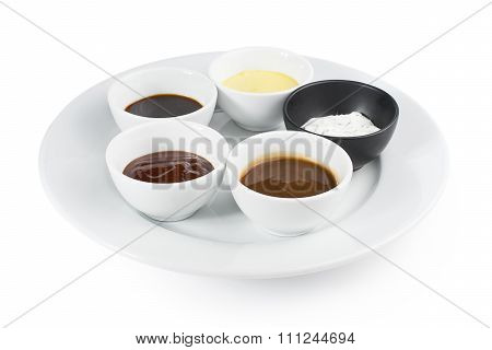 Five types of sauces