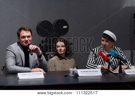 ST. PETERSBURG, RUSSIA - NOVEMBER 25, 2015: Press conference of A. Yagudin (right), M. Petrova, and A. Tikhonov  (left) in the film studio Lenfilm. Famous figure skaters presented the Christmas shows