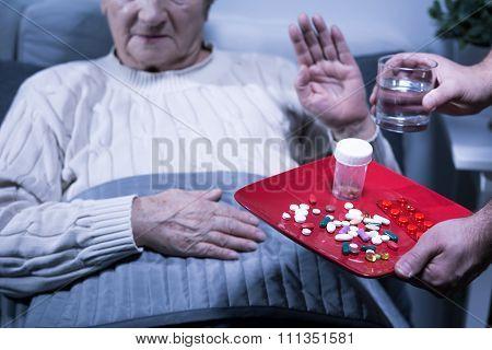 Patient Refuse Medicines