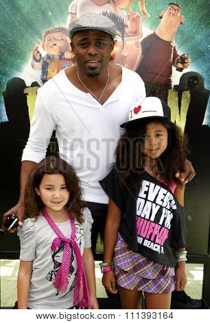 Wayne Brady at the Los Angeles premiere of