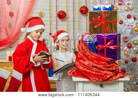 Santa And Helper Checked Bag With Gifts