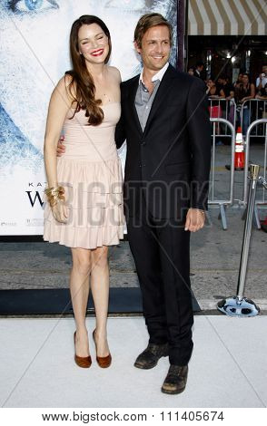 09/09/2009 - Westwood - Gabriel Macht and Jacinda Barrett at the Los Angeles Premiere of