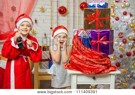 Santa Claus Showed The Clock Assistant, All The Fun Smile