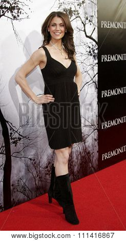 Samantha Harris attends the Los Angeles Premiere of
