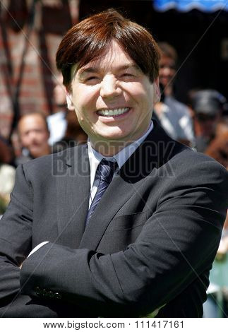 Mike Myers attends the Los Angeles Premiere of