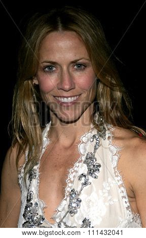 11/21/2005 - Beverly Hills - Sheryl Crow attends the Los Angeles Free Clinic's 29th Annual Dinner Gala at the Regent Beverly Wilshire hotel in Beverly Hills , California, United States.