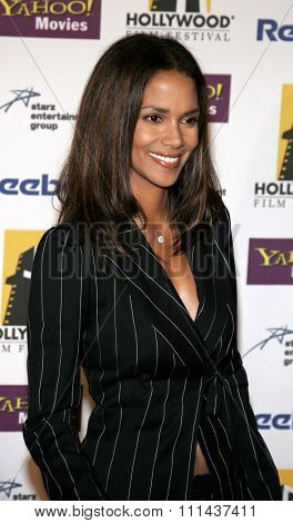 Halle Berry at the 9th Annual Hollywood Film Festival Awards Gala Ceremony held at the Beverly Hilton Hotel in Beverly Hills, California United States on October 24, 2005.