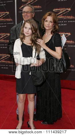 October 16, 2005. Lea Thompson, husband Howard Deutch and daughter at the Columbia Pictures'