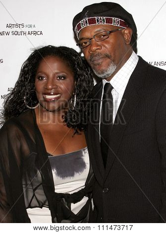 Samuel L. Jackson attends the Archbishop Desmond Tutu's 75th Birthday Celebration held at the Regent Beverly Wilshire Hotel in Beverly Hills, California on September 18, 2006.