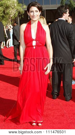 Lisa Edelstein attends the 59th Annual Primetime Emmy Awards held at the Shrine Auditorium in Los Angeles, California, United States on September 16, 2007.