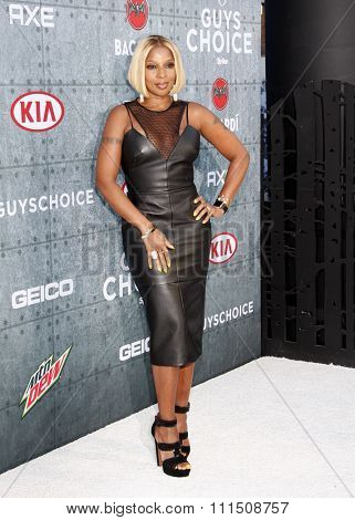 Mary J. Blige at the 2015 Spike TV's Guys Choice Awards held at the Sony Pictures Studios in Culver City, USA on June 6, 2015.