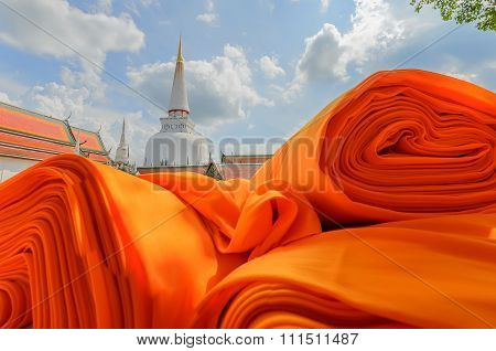 Hae Pha Khuen That Festival Robe cloth