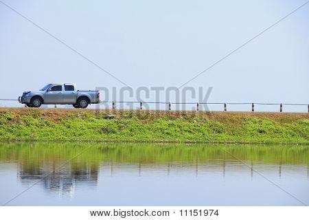 Camino de frente de agua