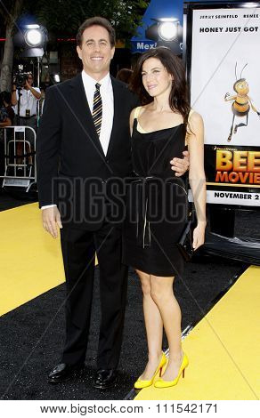Jerry Seinfeld and Jessica Seinfeld at the Los Angeles premiere of 'Bee' held at the Mann Bruin Theater in Westwood on October 28, 2007.