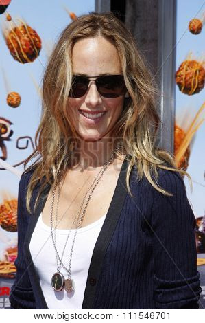 September 12, 2009. Kim Raver at the Los Angeles premiere of