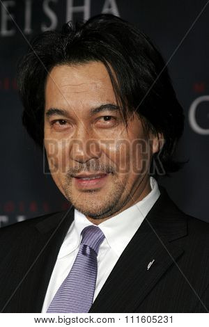 Koji Yakusho attends The DreamWorks SKG and Sony Pictures Premiere of