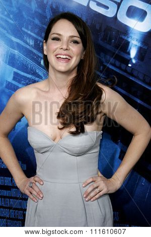 HOLLYWOOD, CALIFORNIA. May 10, 2006. Jacinda Barrett attends the Los Angeles Premiere of