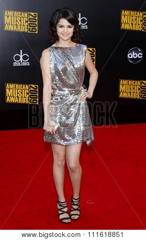 Selena Gomez at the 2009 American Music Awards at Nokia Theatre L.A. Live in Los Angeles, USA on November 22, 2009.