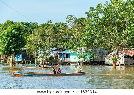 Life On The Amazon River