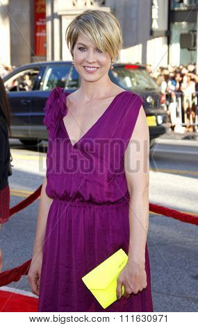 HOLLYWOOD, CALIFORNIA - June 27, 2011. Jenna Elfman at the World premiere of
