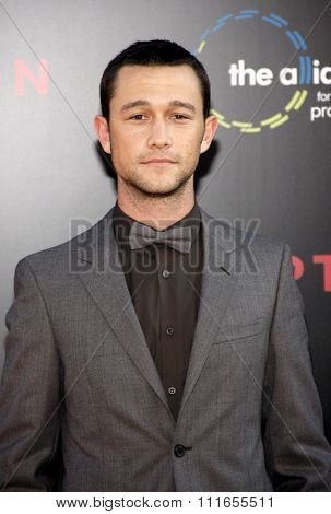 Joseph Gordon-Levitt at the Los Angeles Premiere of