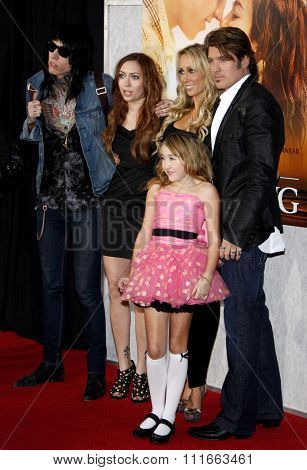 Trace Cyrus, Brandi Cyrus, Noah Cyrus, Tish Cyrus and Billy Ray Cyrus at the World Premiere of