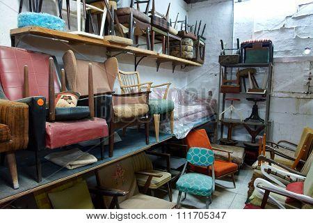 Classical Vintage Antiques Shop