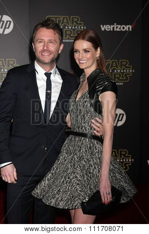 LOS ANGELES - DEC 14:  Chris Hardwick, Lydia Hearst at the Star Wars: The Force Awakens World Premiere at the Hollywood & Highland on December 14, 2015 in Los Angeles, CA