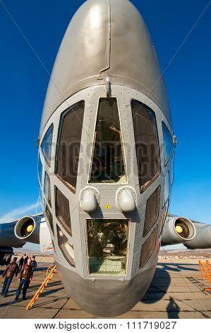 Old Soviet Cargo Plane Il-76