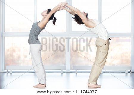 Acroyoga, Standing Backward Bend Pose