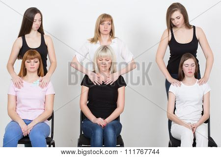 Coach and support group during psychological therapy. training for women. development of sensuality,