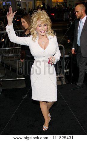 HOLLYWOOD, USA - Dolly Parton at the Warner Bros. World Premiere Of