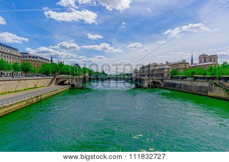 Pont Notre Dame, crossing the Seine river in Paris, France
