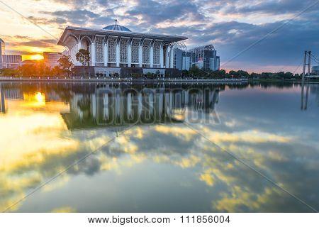 PUTRAJAYA, MALAYSIA - JANUARY 20, 2016 :Masjid Tuanku Mizan Zainal Abidin during sunrise at Putrajaya Malaysia