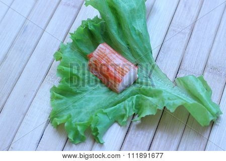 Crab Meat Was Placed On A Lettuce Leaf Green Palatable