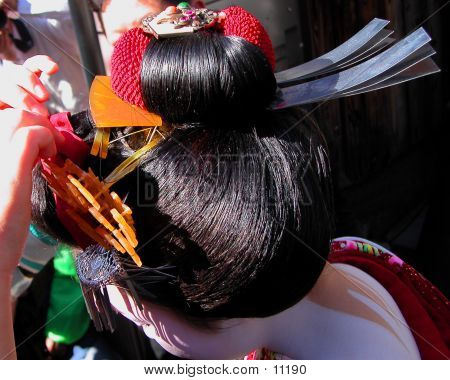 Geisha Hairdo