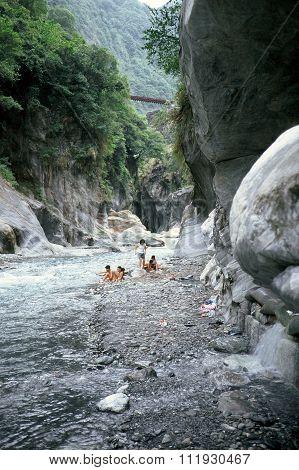 River in the Taroko Gorge