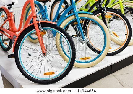 Women's City Bike Row In The Store