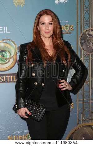 LOS ANGELES - DEC 09:  Poppy Montgomery at the Cirque Du Soleil's