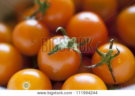 Stemmed Cherry Tomatoes in Bowl