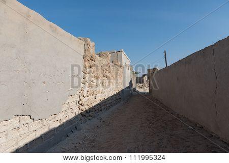 United Arab Emirates, Ras Al Khaimah, 04/11/2015, Coral Alleyway Old Ras Al Khaimah ghost town