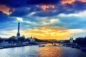 Постер, плакат: Beautiful Sunset Over Seine River And Alexandre Iii Bridge Paris France