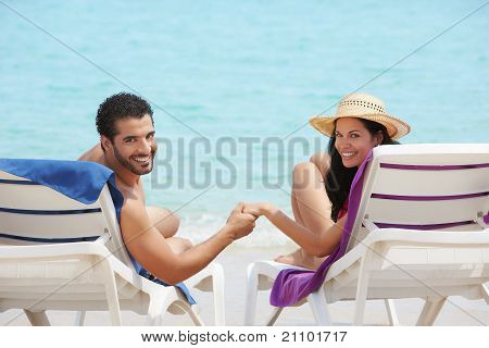 Man And Woman Doing Honeymoon In Cuba