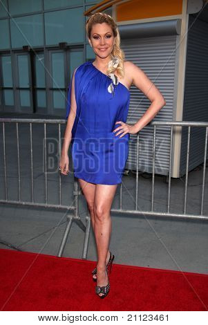 LOS ANGELES - MAY 11:  Shana Moakler arrives to the