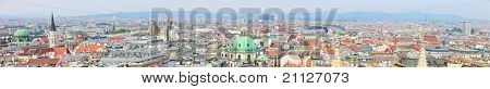 Panoramic photo of city center of Vienna in Austria