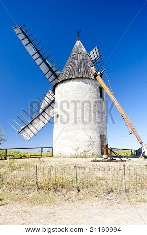 windmill, Vensac, Aquitaine, France