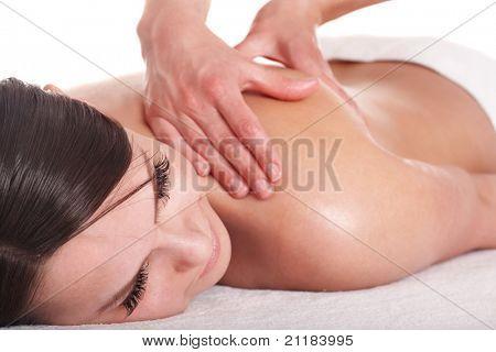 Mädchen mit Rückenmassage. isoliert.
