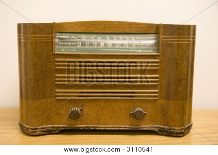 Antique Short Wave Radio