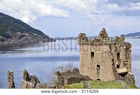 Grant Castillo en el lago Ness en Escocia
